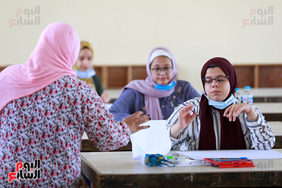 اختبارات القدرات بالجامعات (15)