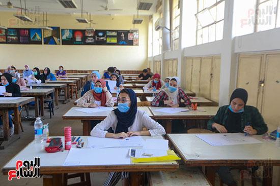 اختبارات القدرات بالجامعات (19)