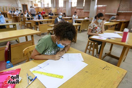 اختبارات القدرات بالجامعات (28)