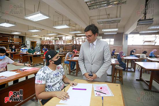 اختبارات القدرات بالجامعات (21)