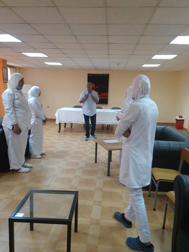 ندوات وتدريب مكثف لفرق تمريض مستشفى الأقصر الدولى  (4)