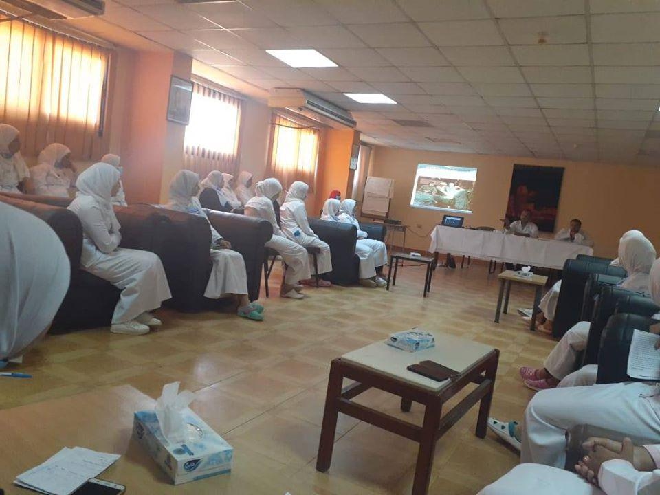 ندوات وتدريب مكثف لفرق تمريض مستشفى الأقصر الدولى  (3)