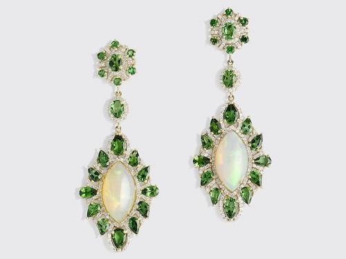مجوهرات من حجر الزبرجد (1)