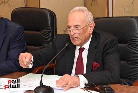 لجنة الشؤون الدستورية والتشريعية (3)