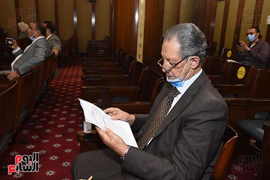 لجنة الشؤون الدستورية والتشريعية (12)