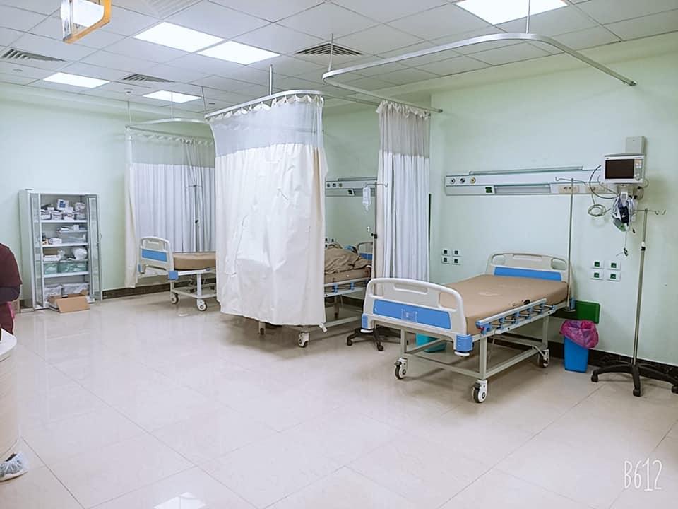 أروقة وأقسام مستشفى إسنا التخصصى تعود للحياة الطبيعية بعد 140 يوماً من العزل  (10)