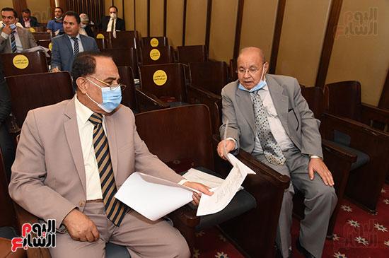 لجنة الشؤون الدستورية والتشريعية (8)