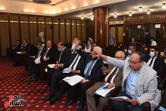 لجنة الشؤون الدستورية والتشريعية (19)