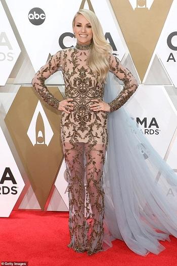 النجمة Carrie Underwood