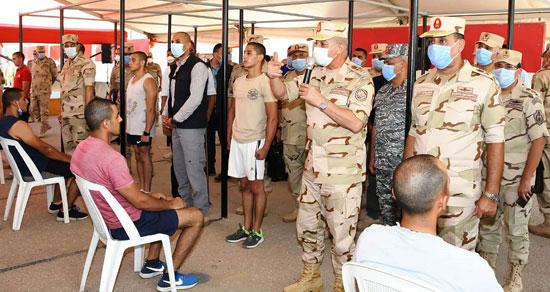 وزير الدفاع يتفقد إجراءات القبول بالكليات والمعاهد العسكرية  (4)