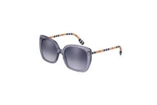 نظارة شمسية من مجموعة Burberry