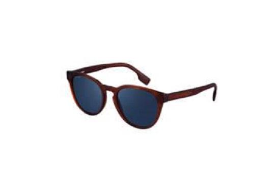 إحدى نظارات بربيري الشمسية