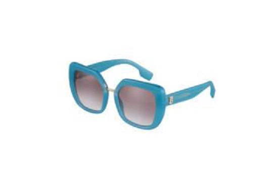 إحدى نظارات Burberry