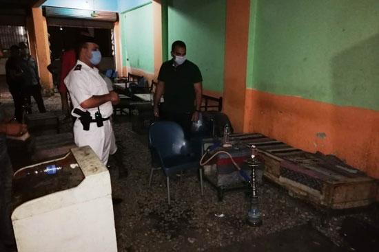 ضبط مقهى مخالف يقدم شيش لرواده فى حملات بمحافظة الأقصر (1)