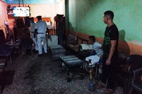 ضبط مقهى مخالف يقدم شيش لرواده فى حملات بمحافظة الأقصر (3)