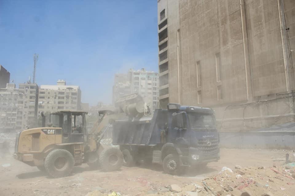 رفع المخلفات من أرض المطاحن بفيصل  (4)