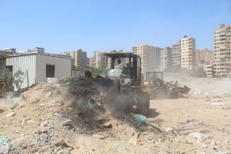 رفع المخلفات من أرض المطاحن بفيصل  (1)