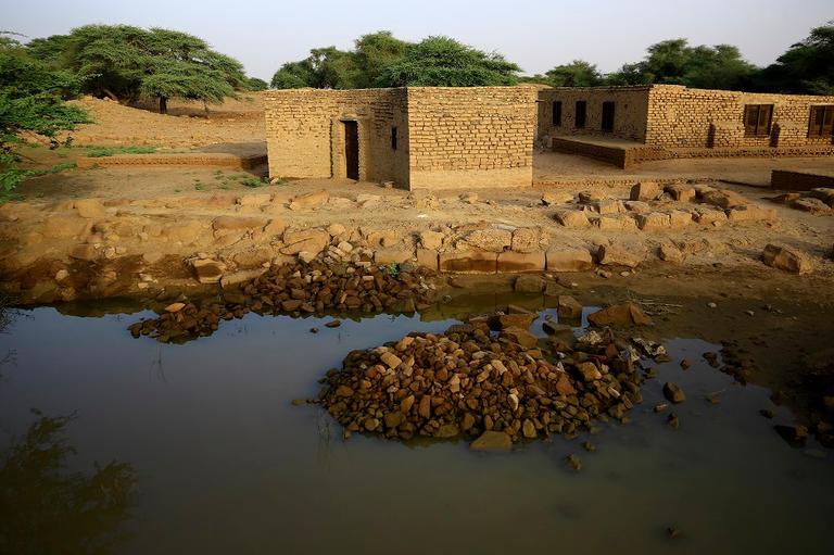 173-000758-floods-sudan-city-meroe-6