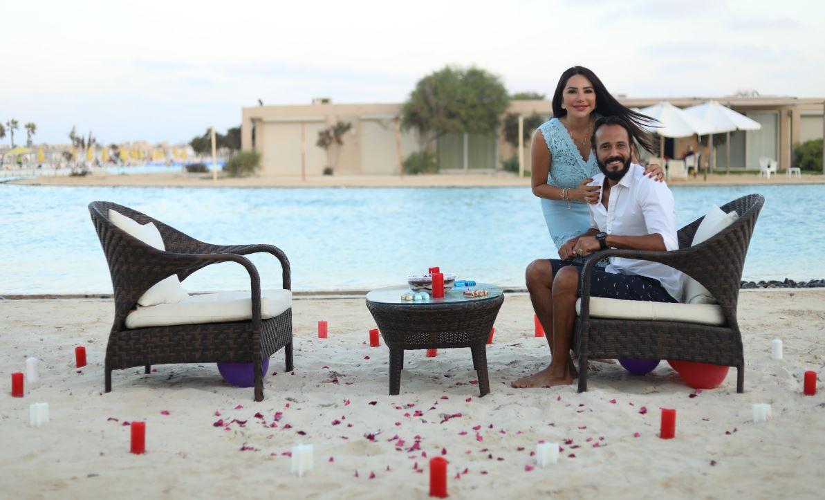 يوسف الشريف يحتفل بعيد ميلاده مع زوجته إنجي علاء