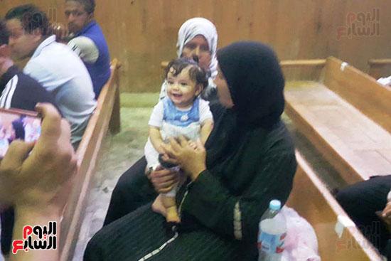 ظهور فرح الطفلة الناجية من مذبحة كفر الدوار (10)