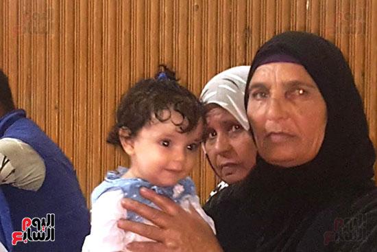 ظهور فرح الطفلة الناجية من مذبحة كفر الدوار (2)