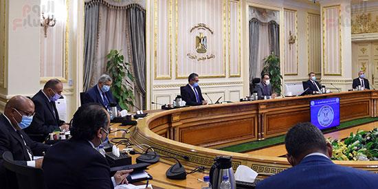 اجتماع لجنة ازمة فيروس كورونا (1)