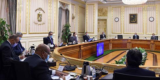 اجتماع لجنة ازمة فيروس كورونا (2)