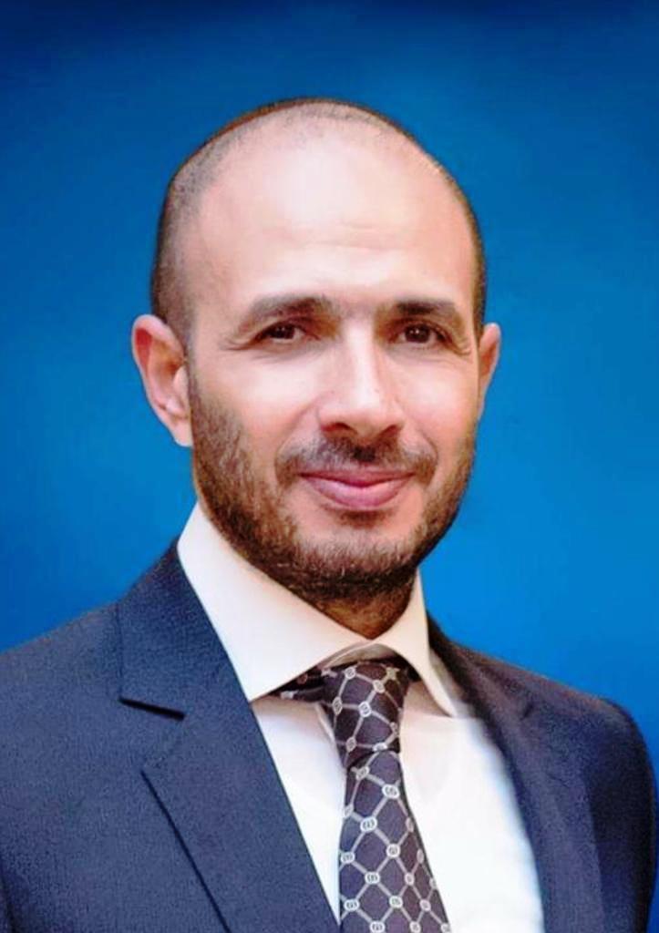 خالد الطوخى ومكتبة جامعة مصر للعلوم  (8)