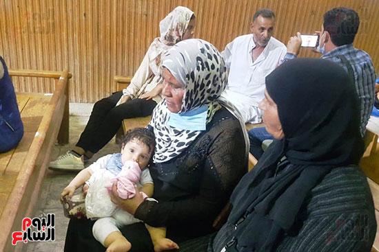 ظهور فرح الطفلة الناجية من مذبحة كفر الدوار (7)