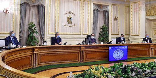 اجتماع لجنة ازمة فيروس كورونا (4)