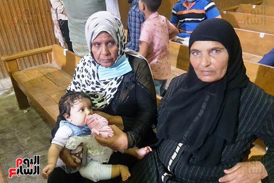 ظهور فرح الطفلة الناجية من مذبحة كفر الدوار (9)