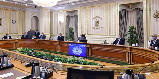 اجتماع لجنة ازمة فيروس كورونا (6)