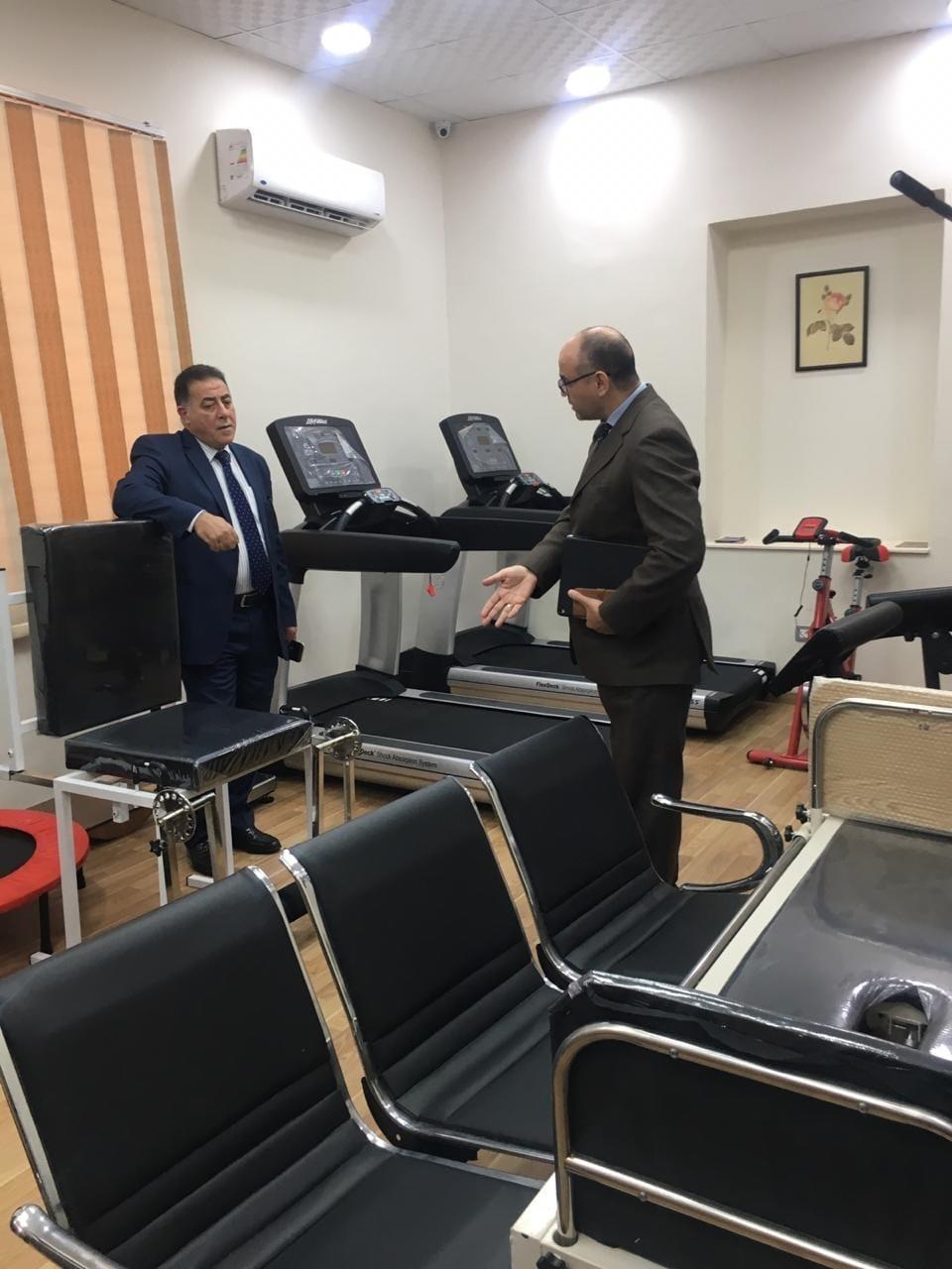 أمين عام المجلس يتفقد أعمال تطوير المرحلة الثانية للعيادات الطبية (6)