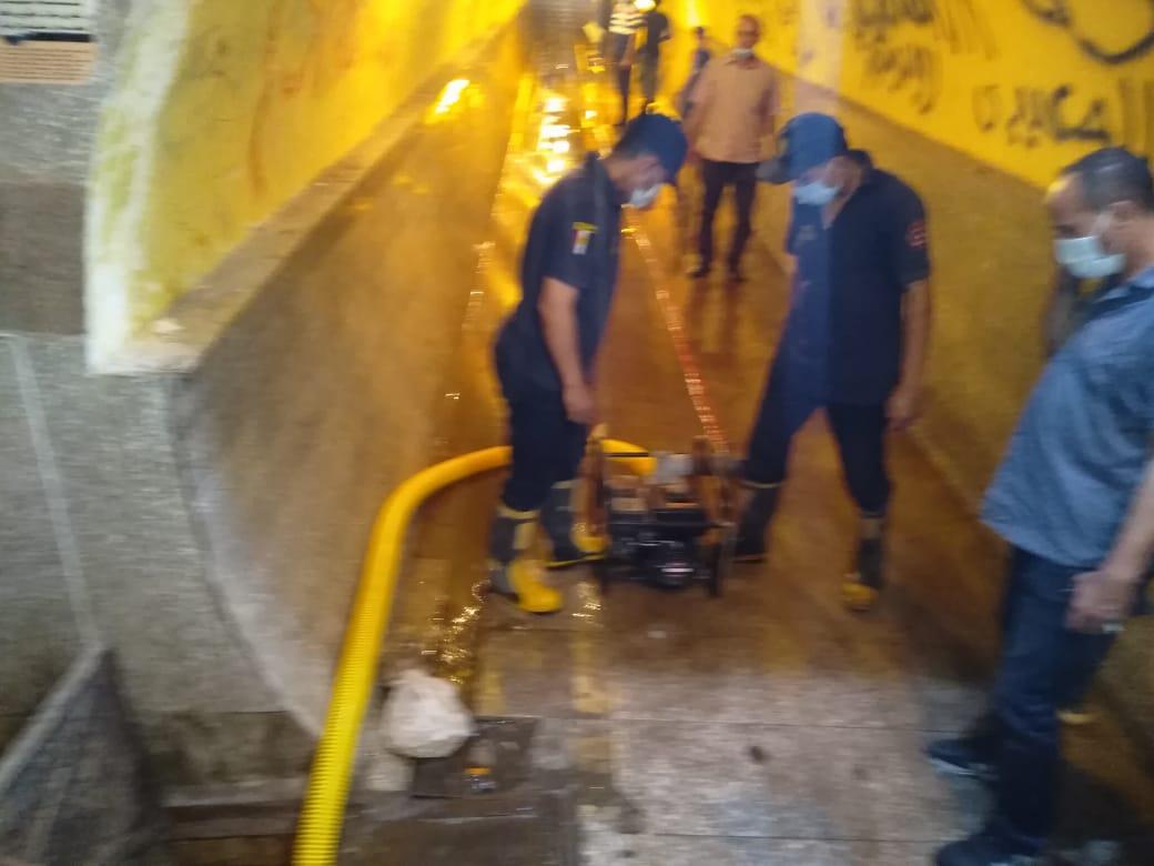 مناورة شفط مياه من الانفاق إستعدادا لفصل الشتاء بالغربية (7)