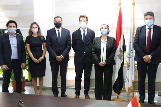 شراكة استراتيجية بين وزارة البيئة وڤودافون مصر (1)
