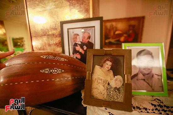 صور عائلة الفنانة شريفه فاضل