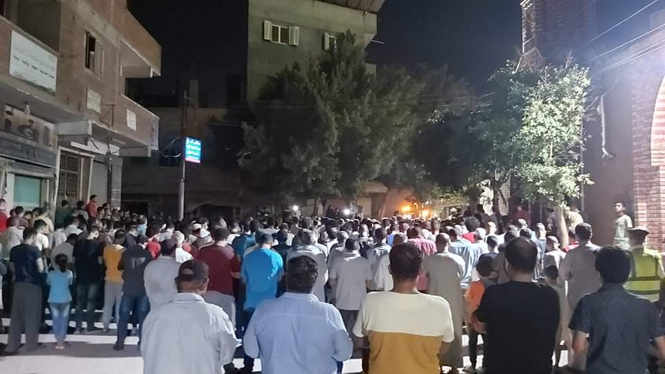 جنازة الشهيد مصطفى عبد الجليل بمنية شبين القناطر 2
