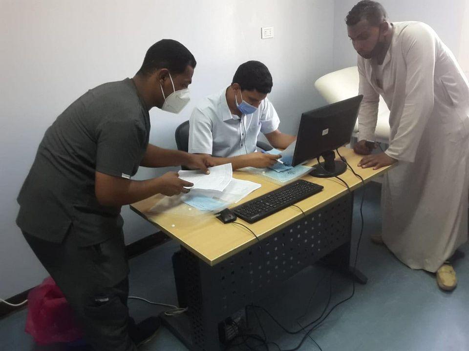 مستشفى حميات الأقصر تعلن إجراء تحاليل PCR لحالات  (4)