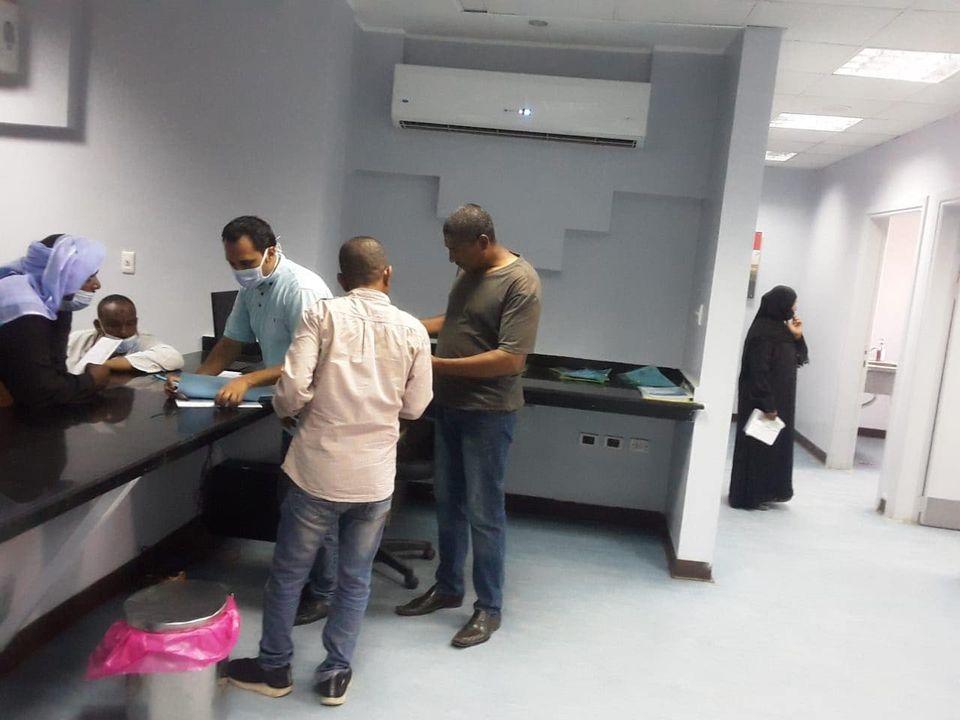 مستشفى حميات الأقصر تعلن إجراء تحاليل PCR لحالات  (3)