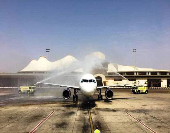 وصول أول طائرة من أرمينيا لمطار شرم الدولى (5)