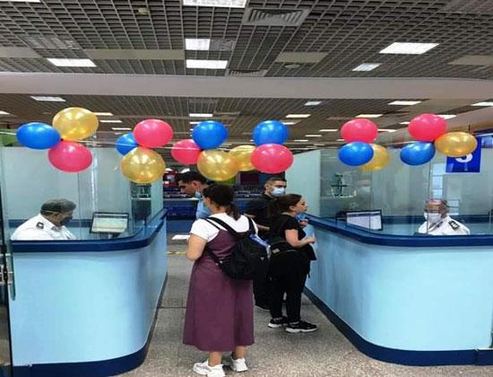 وصول أول طائرة من أرمينيا لمطار شرم الدولى (2)