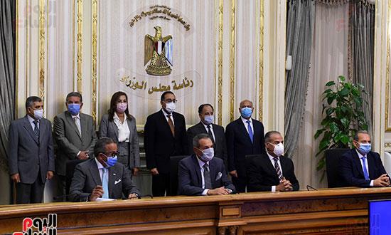 توقيع عقد تمويل إنشاء محطة متعددة الأغراض بميناء الإسكندرية (5)