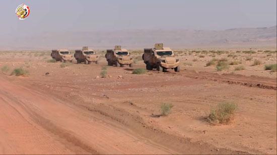 القوات المسلحة المصرية تلتقط صورا لمناطق الزراعات المخدرة بجنوب سيناء (1)