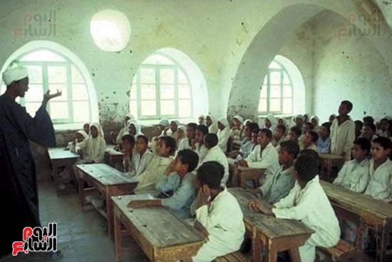 مدرسة فارس الابتدائية بأسوان تنتظر التجديد بعد 63 سنة (3)