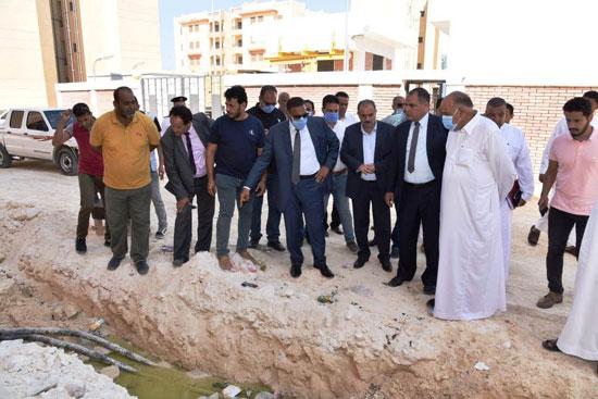 محافظ مطروح يفتتح المسجد الكبير بمدينة الحمام ومركز شباب اليرموك (2)