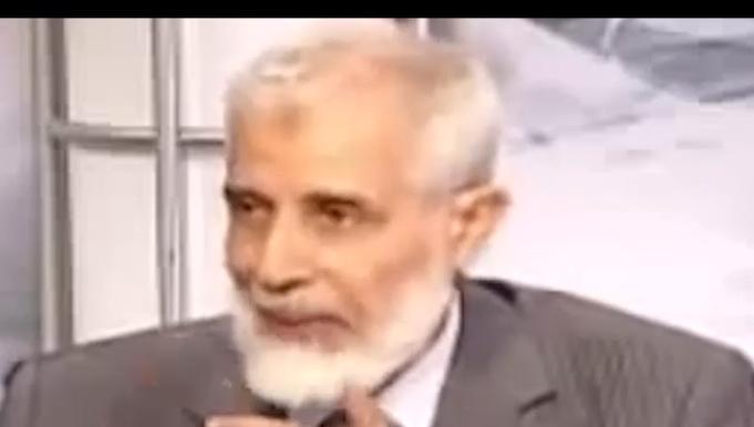 محمود عزت 4