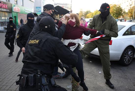 2020-09-19T150317Z_427662341_RC2R1J9NLL03_RTRMADP_3_BELARUS-ELECTION-PROTESTS