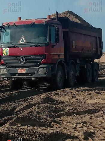 الرمال السوداء مشروع قومى على أرض كفر الشيخ (13)