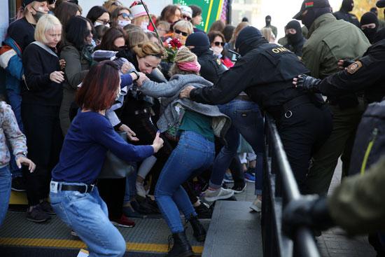 2020-09-19T145315Z_1890821486_RC2Q1J9LXC4O_RTRMADP_3_BELARUS-ELECTION-PROTESTS