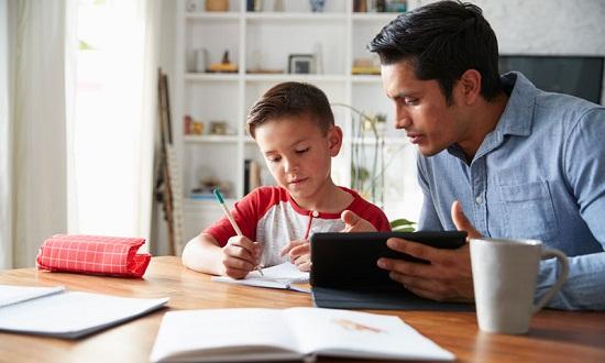 نصائح لمساعدة الأبناء للتعلم عبر الإنترنت